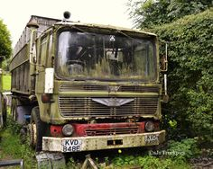 abandoned old truck Abandoned Train, Abandoned Cars, Abandoned Places, Old Lorries, Abandoned Vehicles, Rust In Peace, Train Truck, Old Commercials, Rusty Cars