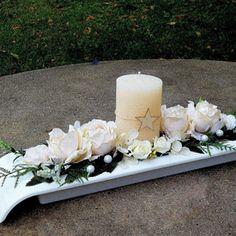 Krémové růže_vánoční svícen Pillar Candles, Advent, November, Shop, Candle Arrangements, Ideas, November Born, Candles, Store