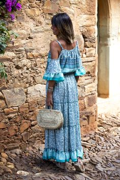"""Bohemian turquoise dress"" : Alice rises up Boho Outfits, Stylish Outfits, Fashion Outfits, Boho Chic, Looks Hippie, Boho Fashion, Girl Fashion, Outfit Style, Bohemian Style Clothing"