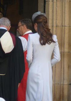 Will & Kate attending Easter Sunday services at St. Andrews Cathedral in Sydney, Australia. Kate was wearing a dove grey ensemble from Alexander McQueen, a bespoke chapeau by Jane Taylor Millinery, a McQueen clutch & LK Bennett Harper pumps. - 4/19/2014