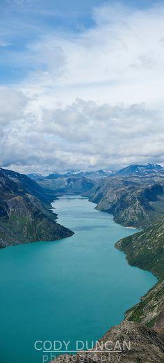 Scenic lake Gjende, Jotunheimen national park, Norway Wonderful Places, Amazing Places, Beautiful Places, Jotunheimen National Park, Lillehammer, Hiking Europe, Genesis 1, Scandinavian Countries, Overseas Travel
