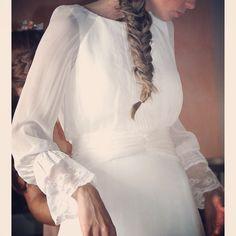 Instagram media by inunezdesign - Vestidos al detalle! #inuñez #inuñezdesign…
