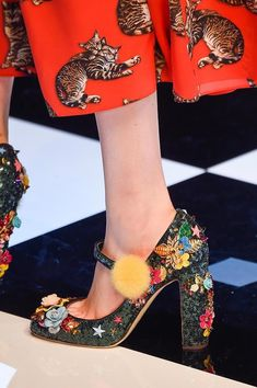 Dolce & Gabbana, Fall 2016 - You Have to See These Fall Runway Shoes - Photos Source by livinglycom Shoes Cute Shoes, Me Too Shoes, Dolce And Gabbana 2016, Shoe Boots, Shoes Heels, Runway Shoes, Shoes Photo, Crazy Shoes, Fashion Shoes