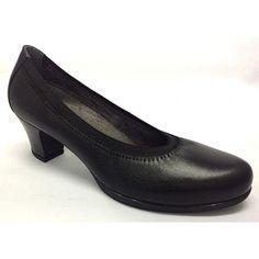 Zapato salón comodísimo.Todo piel.Plantillas extraíbles.Gracias a su piel anapada y al elástico que rodea el escote del zapato, este zapato se adapta perfectamente al pie, y hace un caminar natural.Piso de goma flexible y ligero.Disponible en color negro.Tallas desde el 35 al 41
