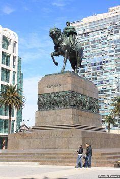 Praça Independência - Melhores Destinos