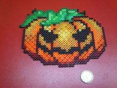 Halloween pumpkin hama beads by Spiderland Cómics