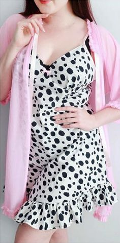 Abi's Fifi hack - Sewing pattern by Tilly and the Buttons Tilly And The Buttons, Fashion Sewing, Wardrobe Ideas, Polka Dot Top, Sewing Patterns, Crafting, Style Inspiration, Clothing, Fabric