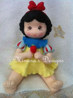 *COLD PORCELAIN ~ Baby Princess & Apple Cake Topper