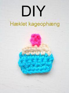 bare WUNDERBAR: Nem hækleopskrift på små søde cupcakes ophæng - DIY