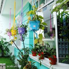 Model Pot Bunga Taman Minimalis