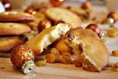 Palets de dames aux raisins secs et au rhum Pretzel Bites, French Toast, Bread, Breakfast, Fondant, Food, Apple Cakes, Raisin, Cooking Recipes