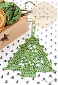 Crochet Christmas Tree Ornament free pattern, Anabelia Craft Design