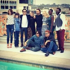 The Walking Dead cast at Comic Con Season 5 is so close we can taste it. Walking Dead Tv Series, Walking Dead Cast, Fear The Walking, Walking Dead Season, Best Tv Shows, Best Shows Ever, The Walk Dead, Amc Shows, Emily Kinney
