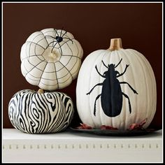 white pumpkin decorations