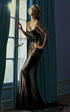 Dior Couture by Patrick Demarchelier -repinned from San Francisco photography studio http://LinneaLenkus.com  #portraitphotographyinspiration