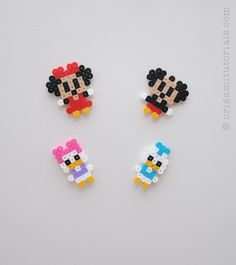 Minnie, Mickey, Daisy et Donald en perle hama 😚😚😚 Perler Bead Designs, Easy Perler Bead Patterns, Melty Bead Patterns, Perler Bead Templates, Hama Beads Design, Diy Perler Beads, Perler Bead Art, Beading Patterns, Pearler Beads