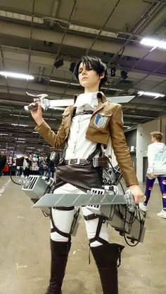 My Levi cosplay I had on confusion I'm put a lot of work into it and am really pleased with how it turned out.>>>it's the best Levi cosplay I've ever seen Cosplay Anime, Levi Cosplay, Levi Ackerman, Levi X Eren, Cosplay Outfits, Cosplay Costumes, Amazing Cosplay, Kawaii, Black Butler