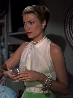 Edith Head design for Grace Kelly, Rear Window - 1954 Grace Kelly Mode, Grace Kelly Wedding, Grace Kelly Style, Grace Kelly Fashion, Grace Kelly Dresses, Old Hollywood Glamour, Golden Age Of Hollywood, Classic Hollywood, Hollywood Stars