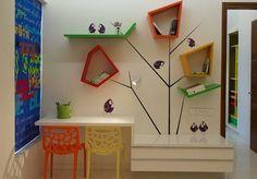 Idée étagère et sticker arbre
