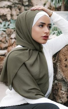 Our Solid Chiffon scarves feature a smooth, light weight polyester chiffon fabric, providing a sophisticated and classic finish to any hijab style. Textile: Polyester Chiffon Dimension: x Contour: Long Rectangle Thickness: Light Texture: Smooth Hijab Styles, Scarf Styles, Modern Hijab Fashion, Muslim Fashion, Fashion 2018, Fashion Fashion, Spring Fashion, Fashion Design, Fashion Trends