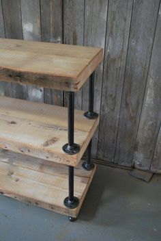 Industrial Reclaimed Wood shelves shelves) with pipe supports. Choose from 9 finishes Industrial Reclaimed Wood shelves 3 shelves by UrbanWoodGoods Regal Industrial, Industrial House, Industrial Furniture, Wood Furniture, Industrial Pipe, Wood Sofa, Garden Furniture, Industrial Style, Industrial Design