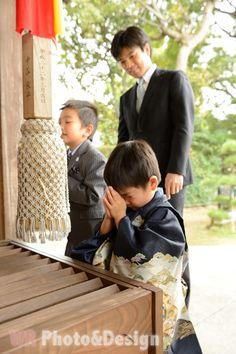七五三 Japanese Kids, Japanese Design, Japanese Style, Japanese Clothing, Japanese Outfits, Kimono Japan, Japanese Kimono, Sense Of Life, Asian Babies