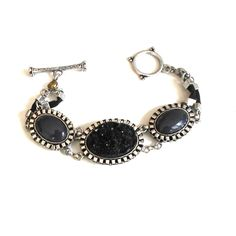 Link bracelet black oval cabochons rough lava look size 6 3/4 toggle bar #unbranded #bezelsetlinks