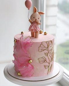 Baby First Birthday Cake, Special Birthday Cakes, Beautiful Birthday Cakes, Birthday Cake Girls, Beautiful Wedding Cakes, Beautiful Cakes, Cookie Cake Designs, Charlotte Cake, Fantasy Cake