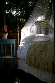 Glamping in the garden....glamourous camping