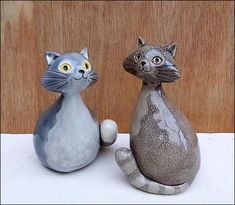 Grey Cats by Hippopottermiss on DeviantArt Pottery Animals, Ceramic Animals, Clay Animals, Ceramic Clay, Ceramic Pottery, Pottery Art, Stoneware Clay, Sculptures Céramiques, Sculpture Clay
