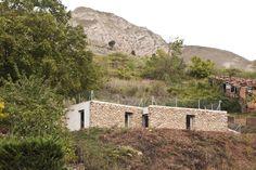 Refúgio entre muros / Azootea