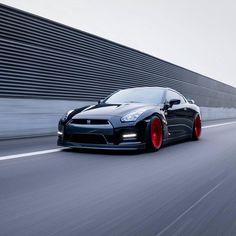 Repost via Instagram: @nissan GTR Black Edition  #rotiform  Photo @davidzahler.ch / @bs_carstyling by rotiform
