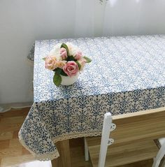 White and blue table cloth tabelecloth with lace trim. Different sizes http://s.click.aliexpress.com/e/aUV72BMJa