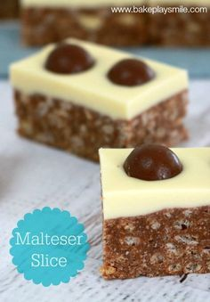 The best ever Thermomix Malteser Slice recipe! Simple, quick and so totally delicious! Yummy Treats, Delicious Desserts, Sweet Treats, Yummy Food, Malteser Slice, Un Diner Presque Parfait, Baking Recipes, Dessert Recipes, Cheesecake Recipes