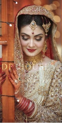 Indian Wedding Gowns, Pakistani Wedding Outfits, Bridal Outfits, Bridal Wedding Dresses, Wedding Wear, Bridal Style, Wedding Bride, Bridal Eye Makeup, ...