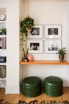 how to style shelfs with a small gallery wall