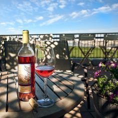 Maryhill Winery - glass of Rosé in the sun.