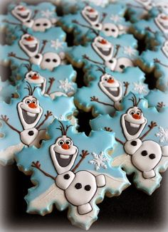 15 Amazing Disney Frozen Cookies – Pretty My Party – Party Ideas Disney Frozen Olaf Cookies. See more Frozen inspired cookies for your party on www. Olaf Cookies, Disney Cookies, Snowflake Cookies, Fancy Cookies, Iced Cookies, Cute Cookies, Cookies Et Biscuits, Cupcake Cookies, Summer Cookies