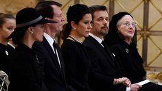 2018-02-20 Prinssi Henrikin hautajaiset alkoivat juhlallisesti – perhe kokoontui suremaan: kuningatar Margareeta murtui kyyneliin - Kuninkaalliset - Ilta-Sanomat