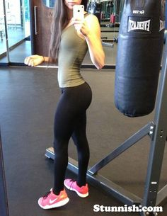 hot girl in yoga pants
