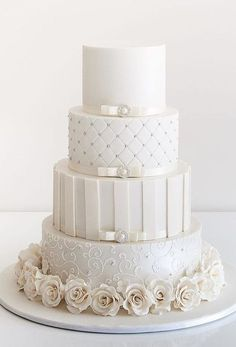 Indescribable Your Wedding Cakes Ideas. Exhilarating Your Wedding Cakes Ideas. Wedding Cake Fresh Flowers, White Wedding Cakes, Cool Wedding Cakes, Fondant Wedding Cakes, Fondant Cakes, Cupcake Cakes, Beautiful Cakes, Amazing Cakes, First Communion Cakes