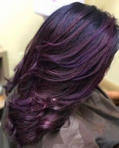Purple and blue iridescent Balayage natural curly hair - See Instagram photos and videos from Houston HAIR ARTIST (@huesbygabrielle)