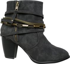 Absolutely loving bootie season http://www.swell.com/fright-night-womens/LAGUNA-STIRRUP-BOOTIE?cs=BL