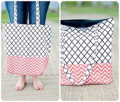 4 tasche nähen für dummies roße handtasche in schwarz rosa und weiß diy ideen Picnic Blanket, Outdoor Blanket, Pink, Diy Handbag, Striped Fabrics, Bag Tutorials, Small Bags, Threading, Picnic Quilt