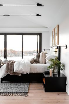 Transitional Office & Master Suite cozy neutral bedroom with water views // Transitional Office & Ma Suite Master, Dream Master Bedroom, Master Bedroom Design, Home Decor Bedroom, Home Interior, Interior Design, European House Plans, Luxury Rooms, Decoration Design