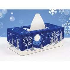 Mary Maxim - Starry Night Tissue Box Cover Plastic Canvas Kit
