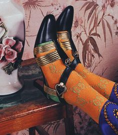 Gucci's Cruise 2018 Ad Campaign Takes Us On A Laid-Back Roman Holiday – Best Holiday Shoes Editorial, Editorial Fashion, Gucci Fashion, Fashion Shoes, Fast Fashion, Alessandro Gucci, Alessandro Michele, Gucci Sylvie, Cruises 2018