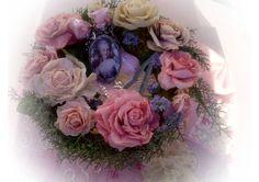 couronne roses de papier couleurs anciennes Couronne Shabby Chic, Floral Wreath, Wreaths, 3d, Home Decor, Flowers, Pink Wreath, Garland, Colors