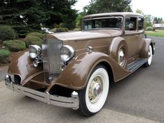 1934 Packard Twelve 1934 Packard Twelve Five-Passenger (Victoria) Coup Maintenance of old vehicles: the material for new cogs/casters/gears/pads could be cast polyamide which I (Cast polyamide) can produce