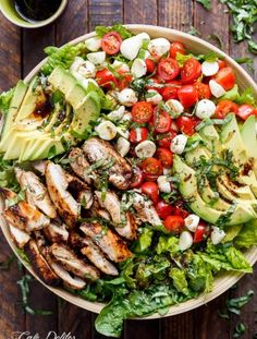 Low calorie recipes 788270741012777279 - Balsamic Chicken Avocado Caprese Salad is a quick and easy meal in a salad drizzled with a balsamic dressing that doubles as a marinade! High Protein Recipes, Low Carb Recipes, Diet Recipes, Chicken Recipes, Cooking Recipes, Healthy Recipes, Delicious Recipes, Yummy Food, Keto Chicken